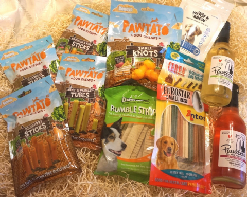 VEGAN VEGETARIAN DOG TREATS WINE & TEA BOX MEAT FREE DAIRY FREE VEGE DOG TREATS